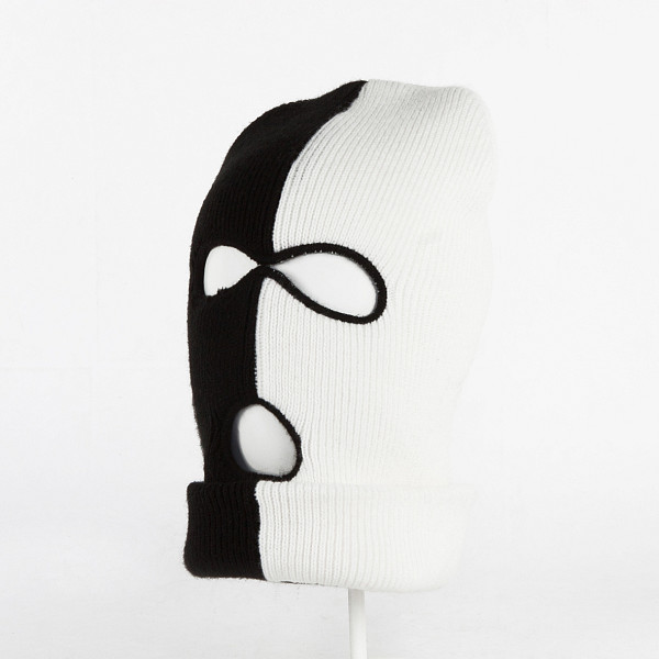 цена  Маска CAYLER & SONS Tres Slick Ski Mask (Black/White)  онлайн в 2017 году