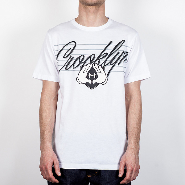 цена  Футболка CAYLER & SONS Crooklyn Tee (White-Black, S)  онлайн в 2017 году