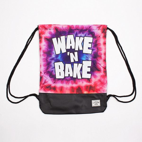 цена  Сумка CAYLER & SONS Wake n Bake Gym Bag (Mc/Black)  онлайн в 2017 году