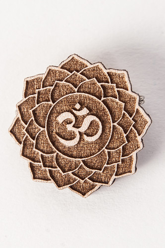 Значок SWAMI Lotus Om (Natural) значок swami clouds blue purple
