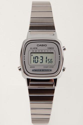 цена Часы CASIO LA670WEA-7E 3191 (Хром-7E) онлайн в 2017 году
