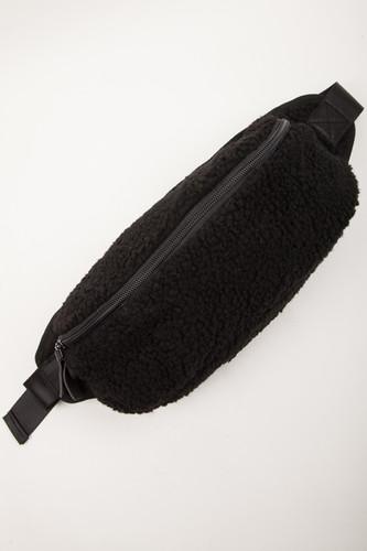 Сумка URBAN CLASSICS Sherpa Shoulder Bag (Black) сумка urban classics multi pocket shoulder bag black black