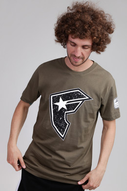 Футболка FAMOUS Composition Tee Olive фото