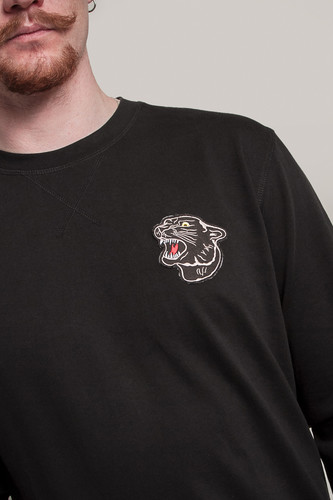 Толстовка MISTER TEE Embroidered Panther Crewneck Black фото 6