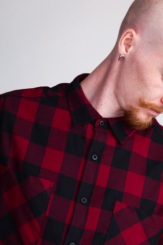 Рубашка URBAN CLASSICS Checked Flanell Shirt Black/Burgundy фото 9