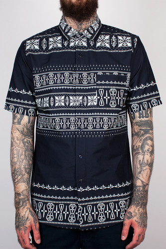 Рубашка CROOKS & CASTLES - Native S/S Shirt (True Navy, L) стоимость