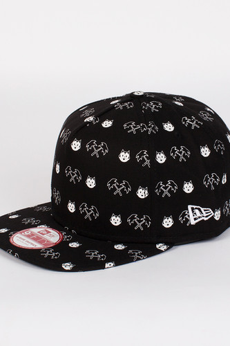 Бейсболка TRAINERSPOTTER Felix The Cat Snapback (Black, O/S)