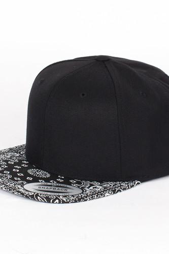 Бейсболка YUPOONG Bandana Snapback (Black-Black, O/S) шапка footwork flexfit yupoong light grey