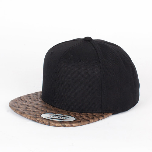 Бейсболка YUPOONG Leather Snapback (Black-Ostrich, O/S) шапка footwork flexfit yupoong light grey