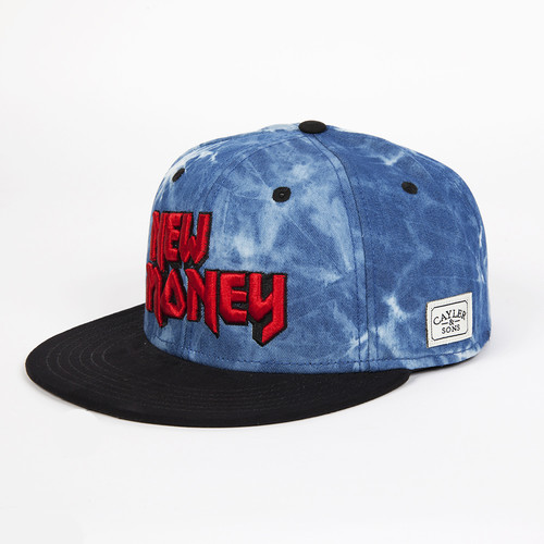 Бейсболка CAYLER & SONS New Money Cap (Acid-Washed-Denim-Black-Suede-Red, O/S)