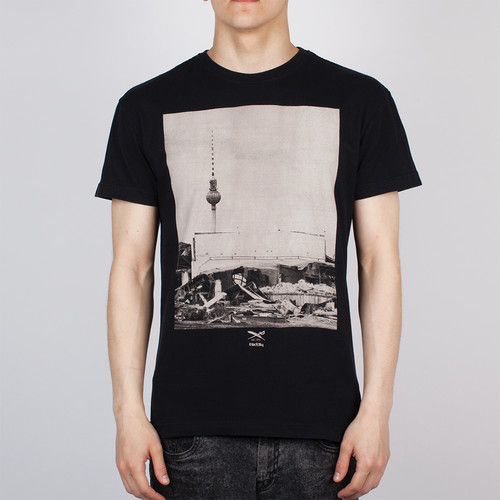 Футболка IRIEDAILY Lost Tower Tee (Black-700, L) цены онлайн