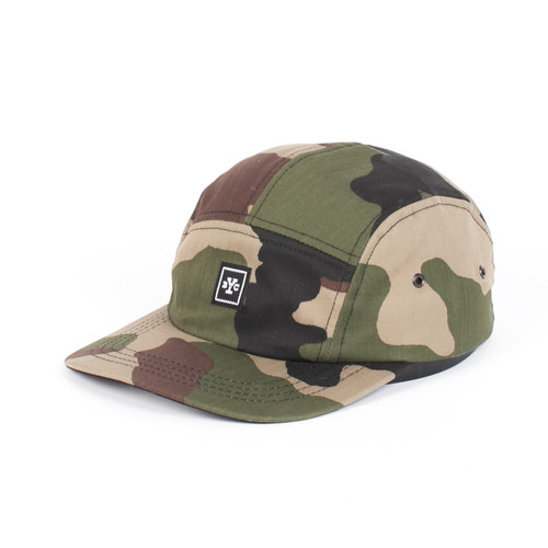 цена Бейсболка BACKYARD CARTEL Icon 5-Panel (Camo, O/S) онлайн в 2017 году
