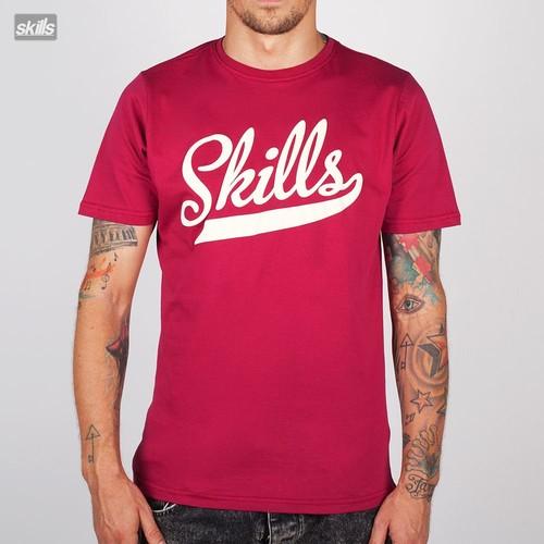 все цены на Футболка SKILLS Script Logo (Burgundy, M) онлайн