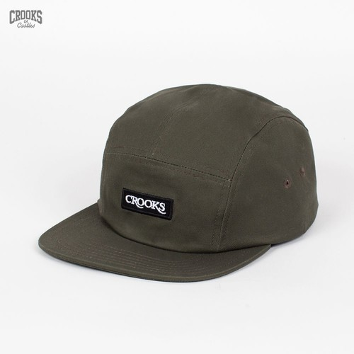 Бейсболка CROOKS & CASTLES Serif 5 Panel Cap (Olive-Drab, O/S) бейсболка crooks