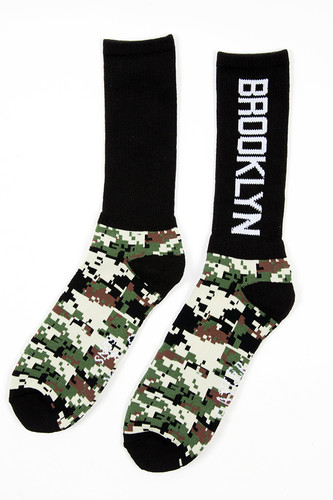 купить Носки CAYLER & SONS Brooklyn Socks Double-pack (Black/Digi Camo/White & Grey/Grey Digi Camo/Black-2 пары, M) по цене 629 рублей
