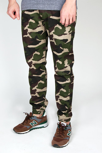 Брюки BACKYARD CARTEL Jogger (Camo, 36/34) ashley jaquavis cartel 2