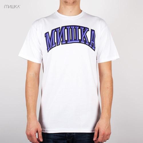 Футболка MISHKA Cyrillic Varsity FL131104 (White, 2XL) майка backyard cartel purple white 2xl