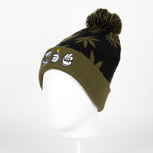 Шапка CAYLER & SONS Roll Light Smoke Pom Pom Beanie (Black/Green/White) цена и фото