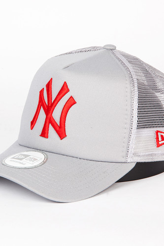 Бейсболка NEW ERA Gray Base Trucker Neyyan (Grey/Scarlet, O/S) цена