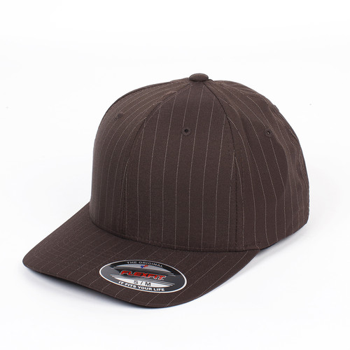цена на Бейсболка YUPOONG Flexfit Pinstripe (Brown-White, S/M)