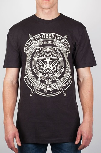 Футболка OBEY Ghost Of War (Graphite, XL) футболка obey youth crew black xl