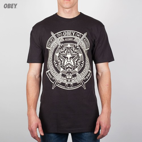 Футболка OBEY Ghost Of War (Graphite, XL) футболка obey youth crew black xl