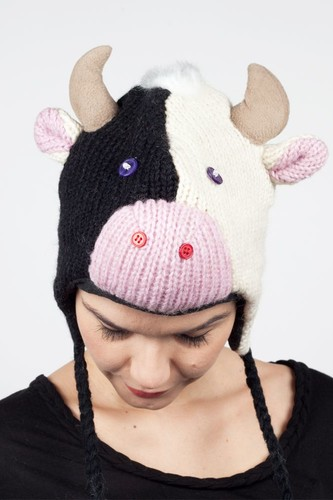 Шапка KNITWITS Calvin The Cow (Black-White)
