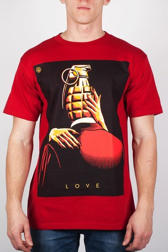 Футболка OBEY Love Is The Drug (Red, S)