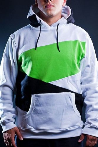 Толстовка URBAN CLASSICS Zig Zag Hoody (White-Black-Limegreen, 3XL) ветровка urban classics arrow windrunner black limegreen xl