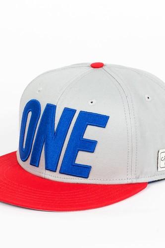 Бейсболка CAYLER & SONS One Cap (Grey-Red-Royal-Blue, O/S) цена 2017