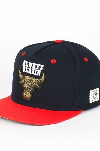 Бейсболка CAYLER & SONS Blazin Cap (Black-Red-Kush, O/S)