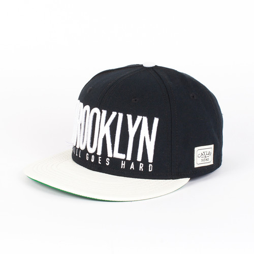 Бейсболка CAYLER & SONS Brooklyn City Cap (Black-White-Leather-White, O/S)