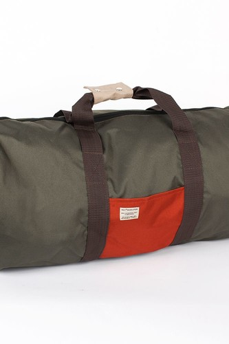 Сумка REVOLUTION Duffel Bag (Multi)