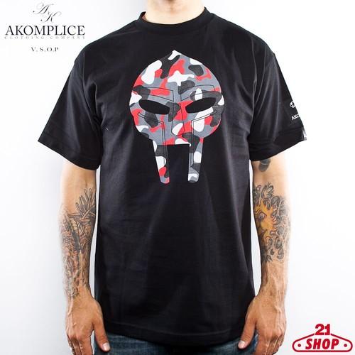 Футболка AKOMPLICE Doom (Black-Red-Camo, XL) цена