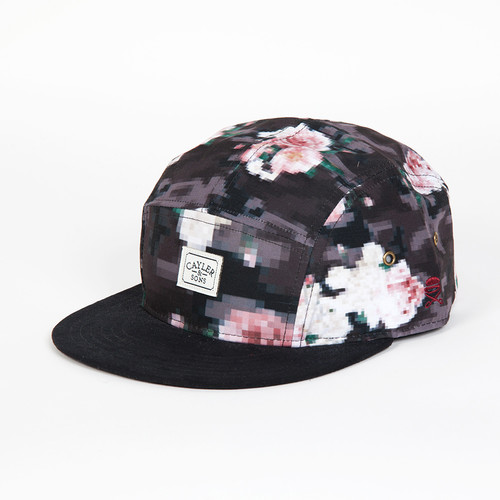 Бейсболка CAYLER & SONS Paris 5-Panel Cap (Floral Digi Camo/Maroon, O/S) vintage grid panel floral dress