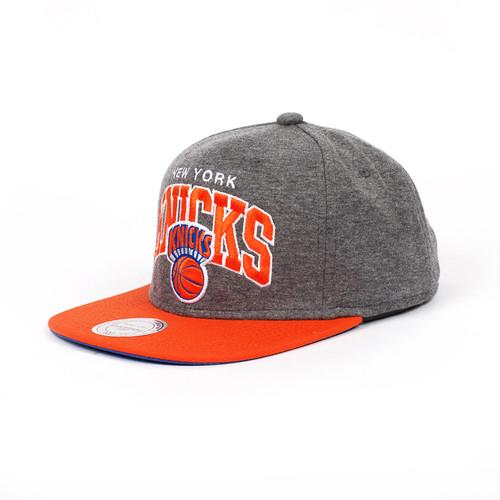 цена Бейсболка MITCHELL&NESS New York Knicks EU119 (Grey, O/S) онлайн в 2017 году