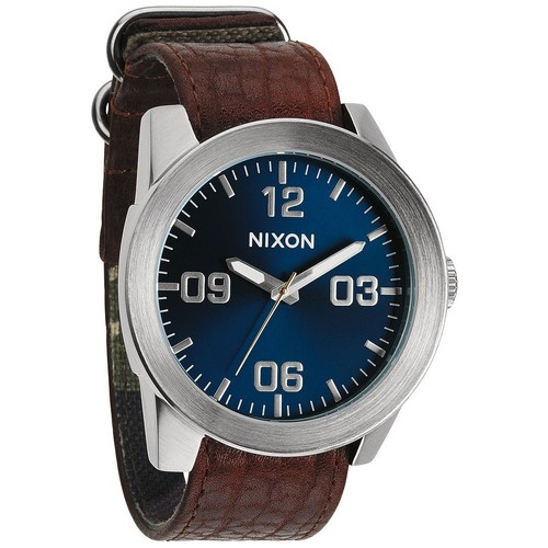 Часы NIXON Corporal (BROWN/BLUE SUNRAY) часы nixon sentry ss blue sunray