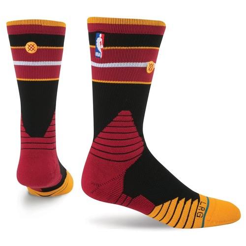 носки средние stance nba oncourt qtr thin stripe red Носки STANCE NBA ONCOURT CORE CREW HEAT (BLACK)