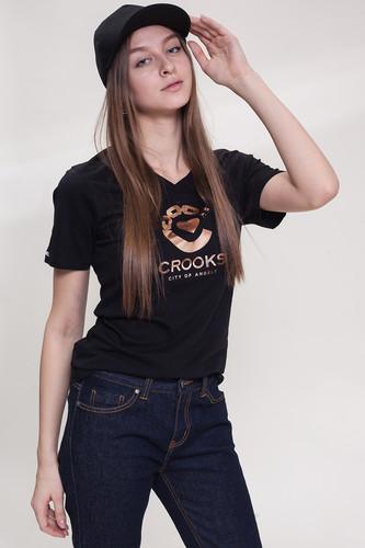 Футболка CROOKS & CASTLES Crooked Heart V-Neck T-Shirt женская (Black, L) black sexy v neck hollow out lace details vest