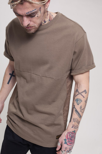 Футболка CROOKS & CASTLES C.N.C Crew T-Shirt (Raw Umber, XL)