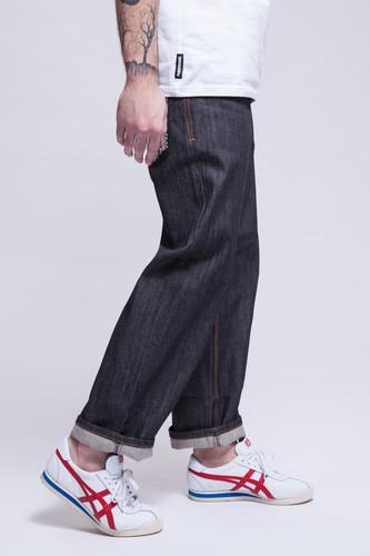Джинсы ROCAWEAR R901J156 (Raw Black, 28) джинсы rocawear r1008j350 black star italia 28