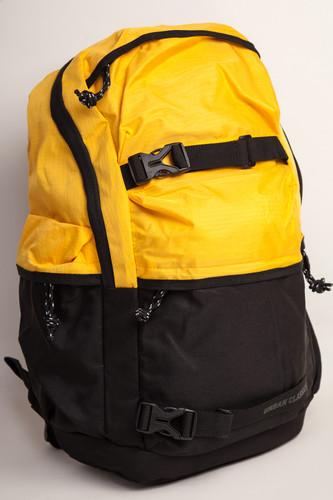 Рюкзак URBAN CLASSICS Backpack Colourblocking (Chrome Yellow/Black/Black) рюкзак для ноутбука 17 cozistyle urban backpack travel canvas neutral gray хлопок серый ccub004